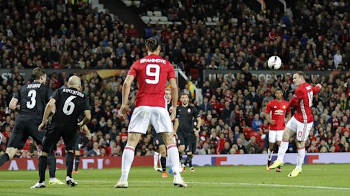 Wayne Rooney's accidental assist helps Man United win first Europa League game