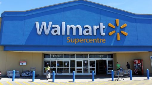 The Smart Money Loves These Dividend Aristocrats: Wal-Mart, Chevron, More