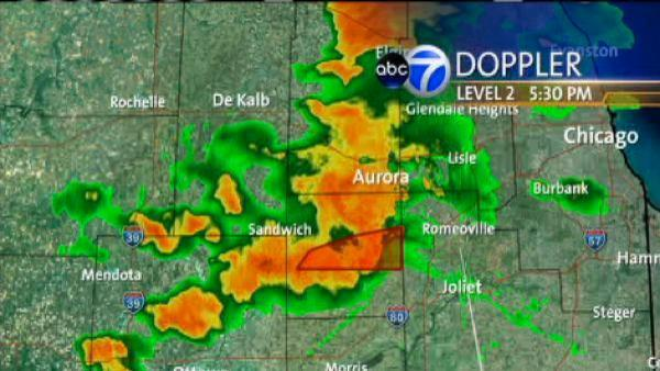 Severe storms sweep through Chicago area
