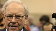 Can Warren Buffett Save Wells Fargo's Board of Directors?
