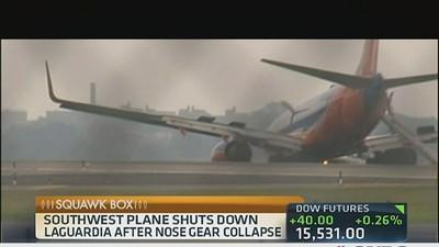Southwest Airlines plane lands after nose wheel collapses