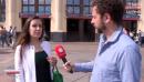 Mondial 2018 : les Russes formés à... sourire par une psychologue (vidéo)