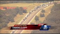 Westbound lanes of Turner Turnpike closed