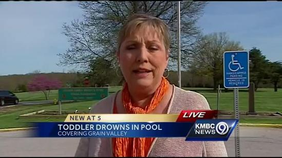 Toddler drowns in Grain Valley backyard pool