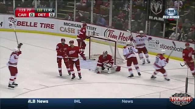 Carolina Hurricanes at Detroit Red Wings - 04/11/2014