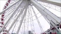 Man attempts to break Ferris wheel record at Chicago`s Navy Pier