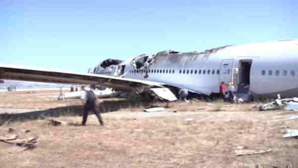 Investigation continues into San Franscisco plane crash