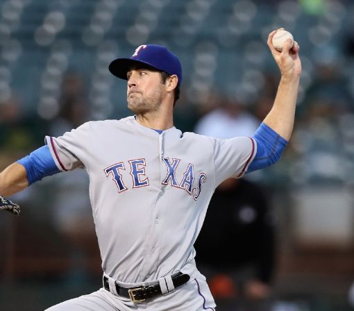 Rangers beat Oakland to clinch AL West
