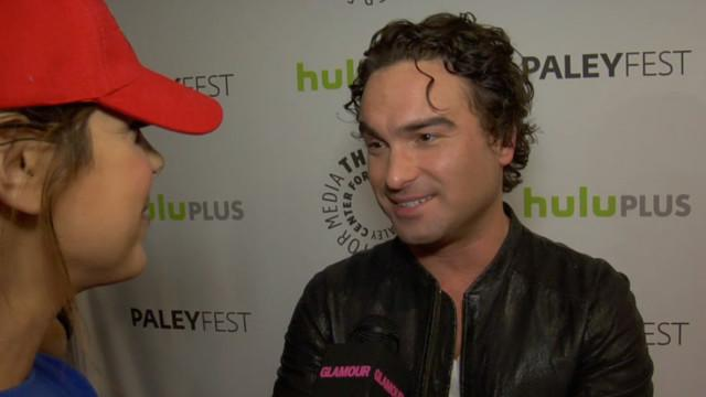 Celebs - We Play Trivia With the Cast of The Big Bang Theory