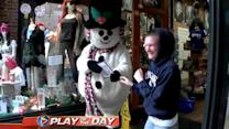 Scary Snowman: Magician Rich Fergusons' Holiday Prank