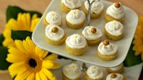 Daisy's Mini Lemon Cakes