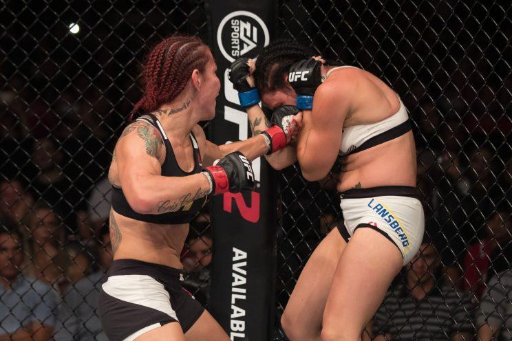 'Cyborg' vacates Invicta title, plans to pursue UFC featherweight belt