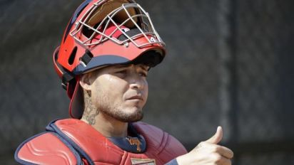Yadier Molina gives Cards contract ultimatum