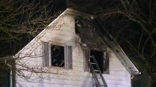 2 bodies found in burning home in Middletown