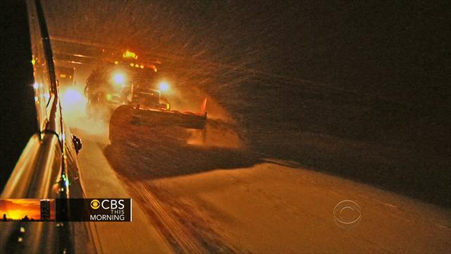 Winter storm moves into the upper Midwest