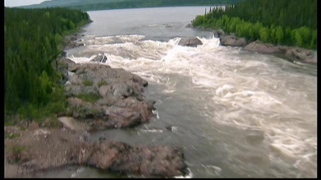 Harper to guarantee hydro project