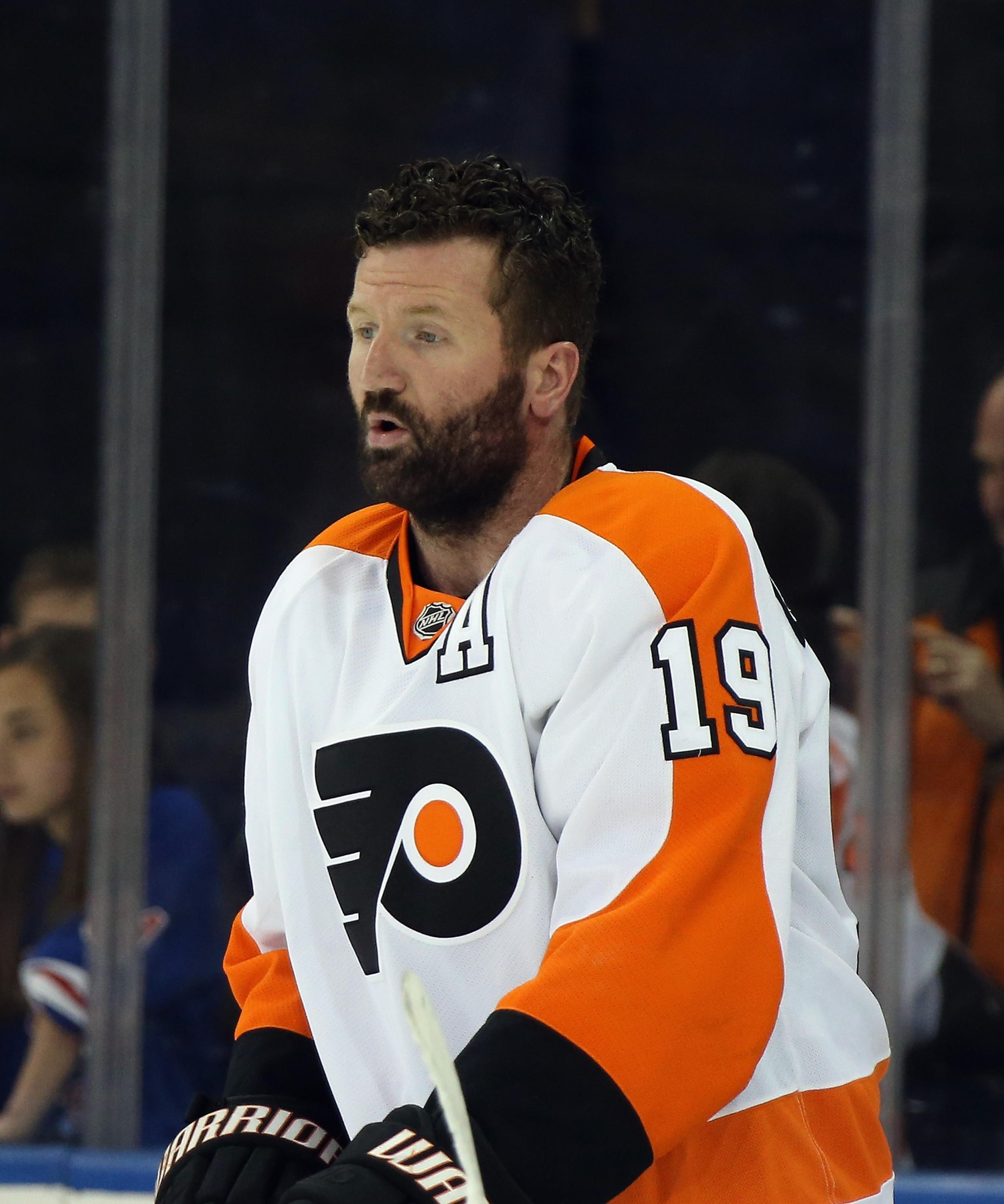 scott hartnell blames flyers coach r j umberger blames himself