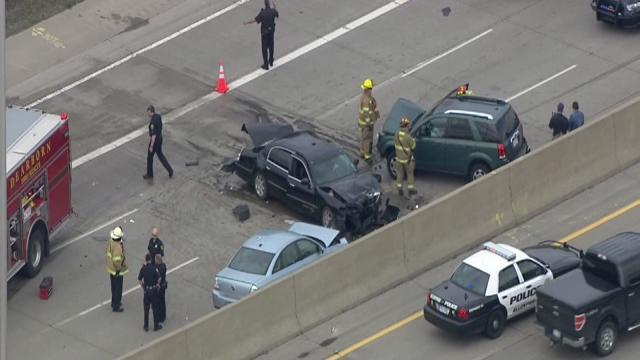 Crash closes Southfield freeway