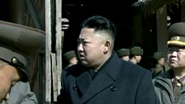 North Korea warns foreigners to leave South Korea