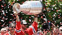 Thousands of Fans Fete Victorious Blackhawks