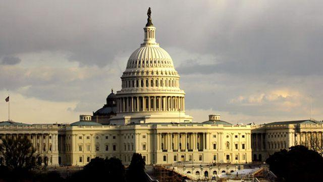Polls: Americans unhappy with state of government, economy