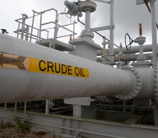 Oil falls on oversupply, demand concerns; U.S. crude hits 3-month low