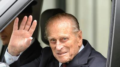 Raw: Prince Philip Leaves Hospital After Surgery