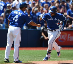 Blue Jays surge into first place thanks to unstoppable July run