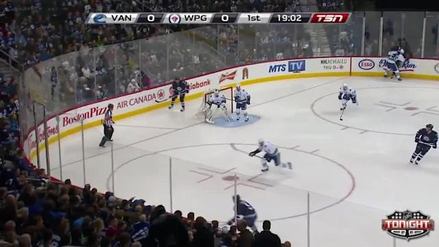 Vancouver Canucks at Winnipeg Jets - 03/12/2014