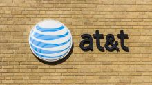 AT&T Streaming Foray Hits Snag; Did Apple Avoid Black Eye?