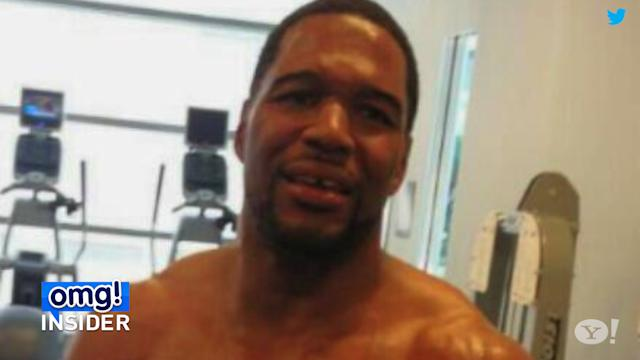 Michael Strahan Shows Off Buff Bod