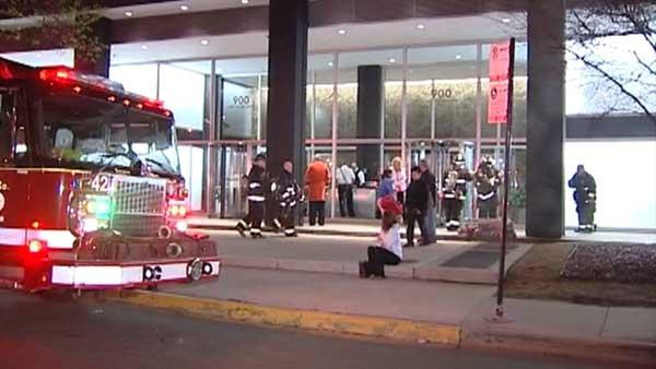 Car catches fire in historic Lake Shore Drive high-rise
