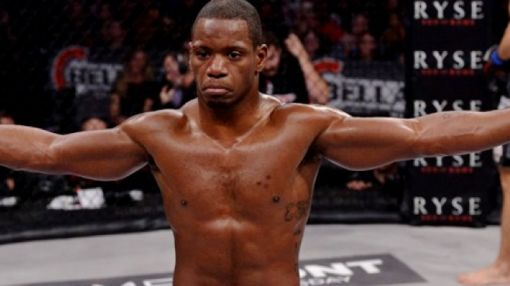 Will Brooks Rips Alex Oliveira, Who Misses Weight by 5.5 Pounds