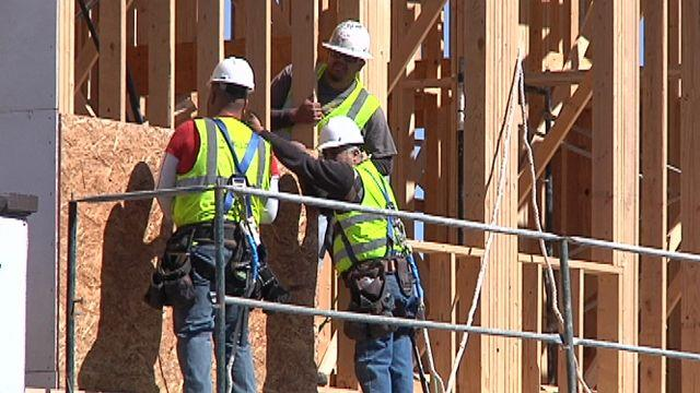 Report: Half of TX construction workers undocumented