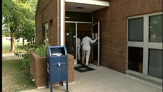 Fairdale post office reopens 4 months after spider infestation