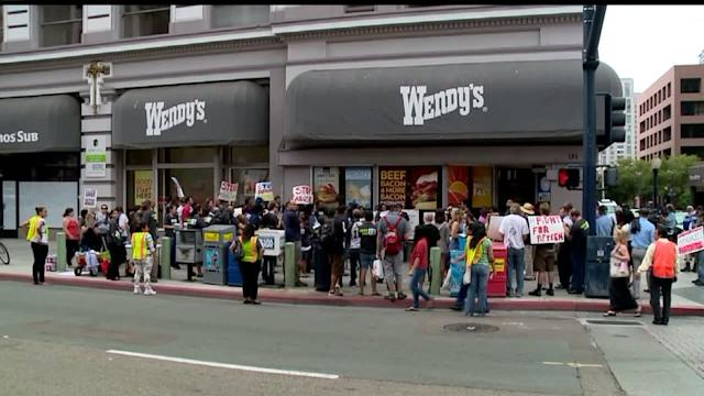 Minimum Wage Measure In San Diego Receives Huge Boost