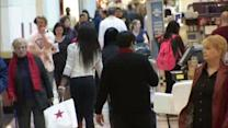 US holiday retail sales growth weakest since 2008