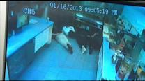 Victims tied up in Del. restaurant robbery