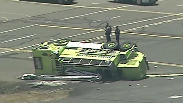 Firefighter critically injured in crash on Oakland airport tarmac
