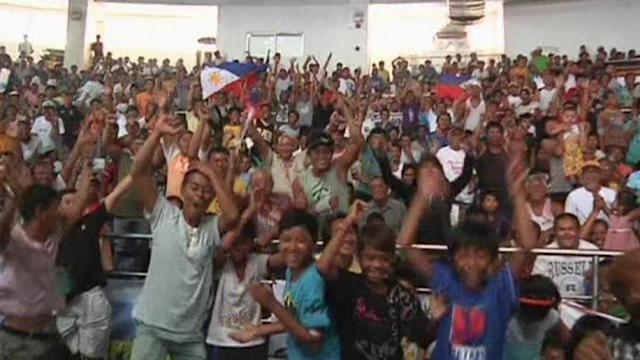 Filipinos react to Pacquiao win