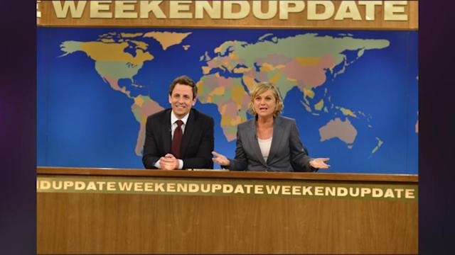 Saturday Night Live's Cecily Strong Co-Anchoring Weekend Update With Seth Meyers!