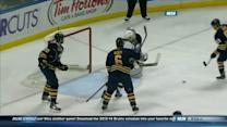 Brad Marchand scores two in quick succession