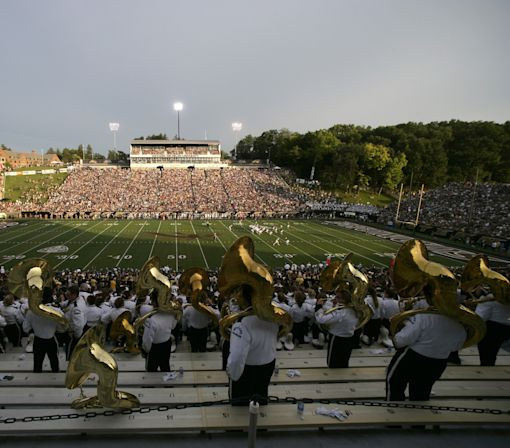 WMU dismisses Ron George, Bryson White after armed robbery arrest