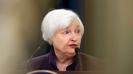 Week In Review: Fed Fuels Stock Rally, Congress Grills CEOs, Yahoo, Facebook Embarrassed