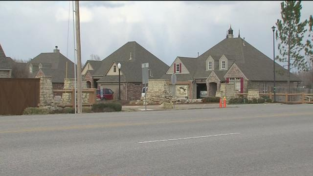 Bixby votes down apartment complex