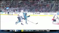 Pavelski fights to flip in shorthanded goal