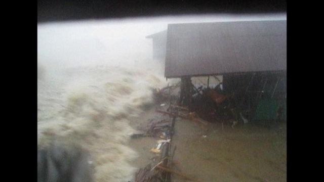 Dramatic footage shows Philippines storm surge
