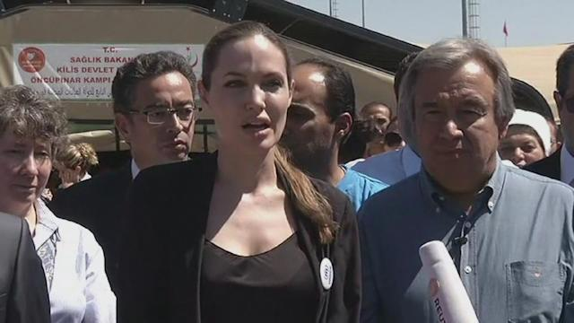 Jolie listens to plight of Syria refugees in Turkey